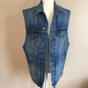 Zara Oversized Medium Wash Denim Vest Jacket